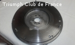 Recherche volant moteur Triumph Stag